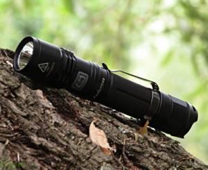 Led Taschenlampe Fenix PD35 im Test - Für Outdoor Fans interessant